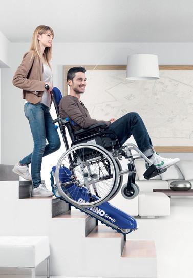Treppenraupe LG 2004 - sicherer Transport von Rollstühlen