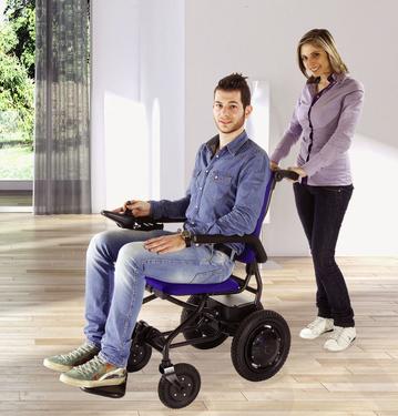 Fold & Go - faltbarer Elektro-Rollstuhl